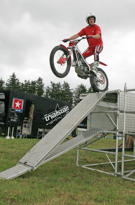 Andrew Perry, Dundonald Co Down, of Trialstar performing stunts at the 88th Claremorris Agricultural Show. Photo: © Michael Donnelly