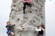 AO6U0849  High Climbers